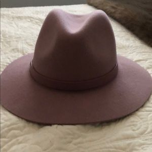 Women's gap hat
